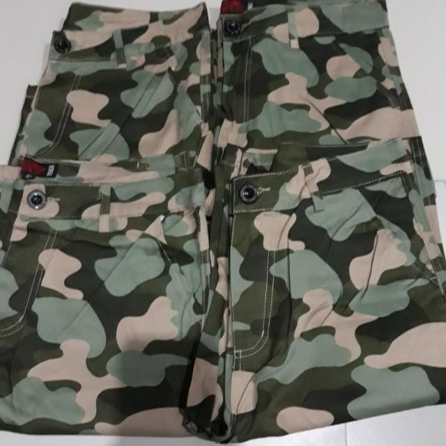Van camouflage short