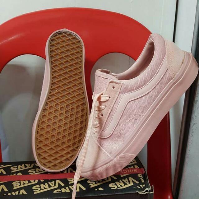 d6c8d0b3b76eec Vans Salmon Pink