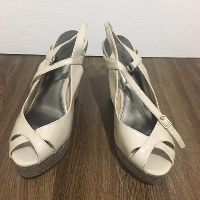 VNC Wedge Sandals
