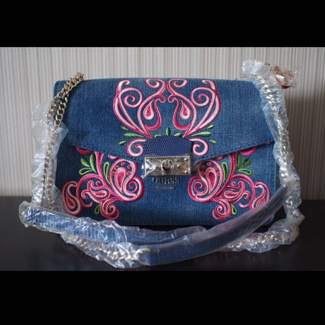 d84405954e WTS BRAND NEW WITH TAG    GUESS ARIANNA DENIM CROSSBODY BAG
