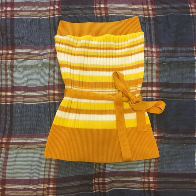 Yellow Striped Tube Top *R*