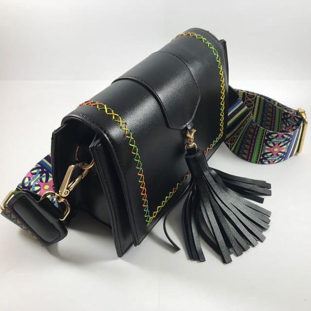 ZIA (Tassel Cross Body Bag)