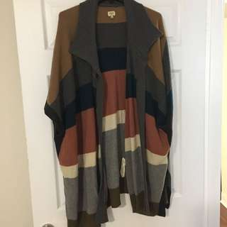 Oversized wool cape size S