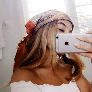Selling head scarf