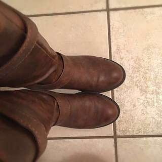 Tan high faux leather boots, great condition, size 5, size 6, size 7.5