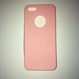 iPhone 5/5s/SE case📱light pink, silicone, hole for Apple logo