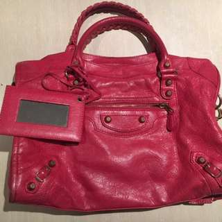 Balenciaga city pink (rose thulian)