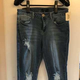 Denim jeans ripped 破洞牛仔褲 爛牛