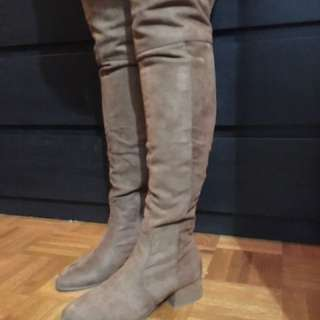 Size 7.5 over the knee boots.