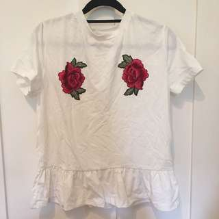 White and roses t-shirt