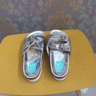Dnc sandal