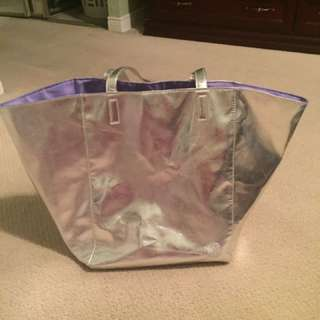 Metallic Vince Camuto Weekend/Book Bag