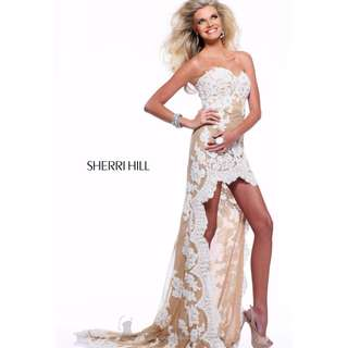 21016 Sherri hill Ivory/Nude Lace Gown Sizes USA 0-8/ AUS 6-12
