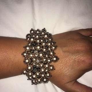 J Crew Grey Pearl and Rhinestone cluster bracelet NWOT