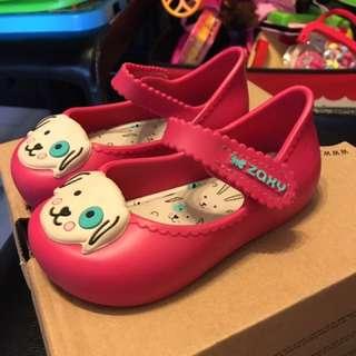 BB膠鞋正版. uS7