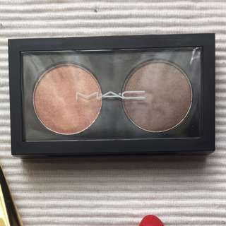NEW MAC two pro palette with two eyeshadow AUTHENTIC