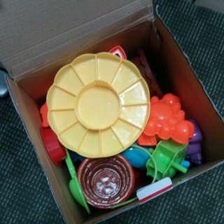 Beach Toy Table