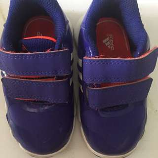 Adidas baby shoes 👞