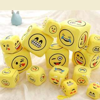 Emoji Dice w/ Suction Hanger