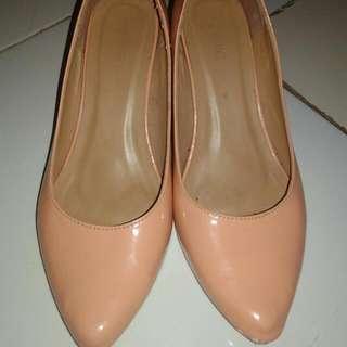 Sepatu Merk Sophie