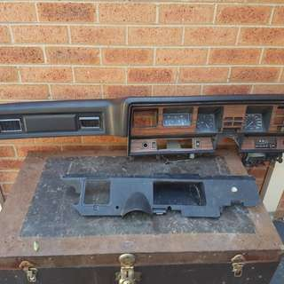 Original Holden HJ HX HZ Dash Crash Pad BLACK - ROEBUCK dashpad board and tachometers