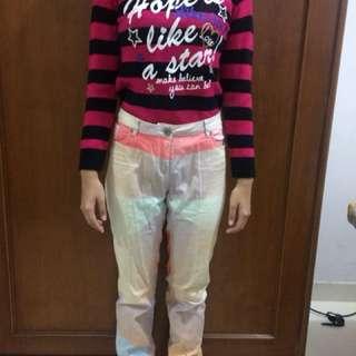 baju dan celana jeansnya