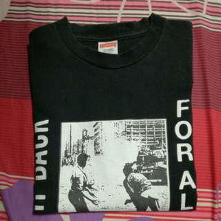 "Supreme ""FIGHT BACK, FREE FOR ALL"" T-shirt Size Large"
