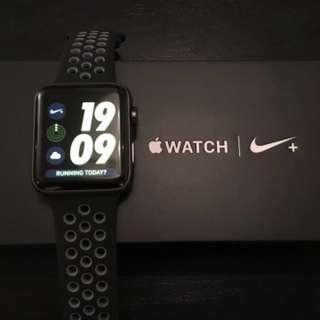 Selling Apple Watch Series 2 Nike Plus Edition 42mm