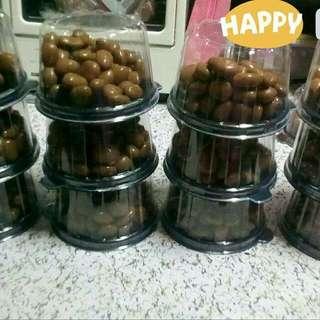 Kirkland Chocolate (raisins)