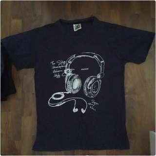 Graphic Black tshirt