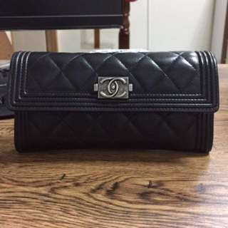 Chanel黑色羊皮信封式長夾