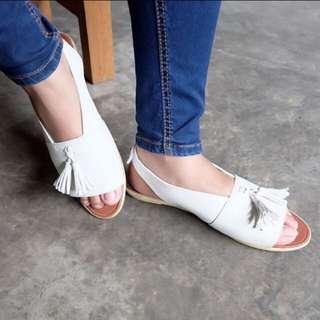 sepatu sandal tassel cewek