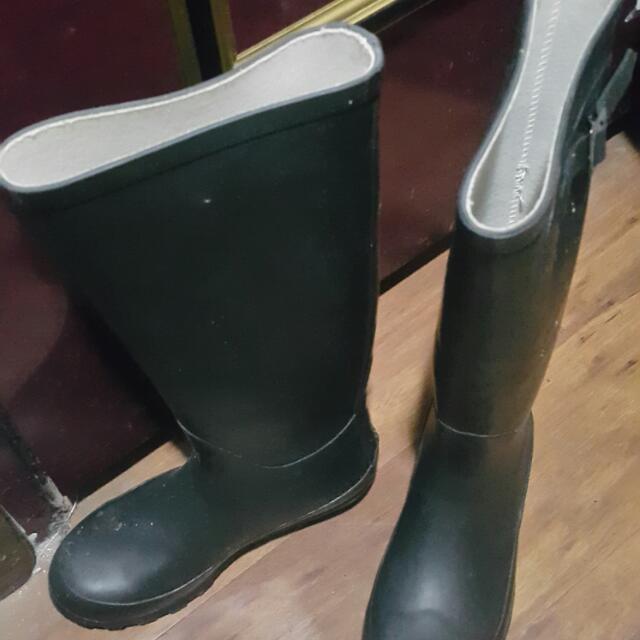 雨靴37號