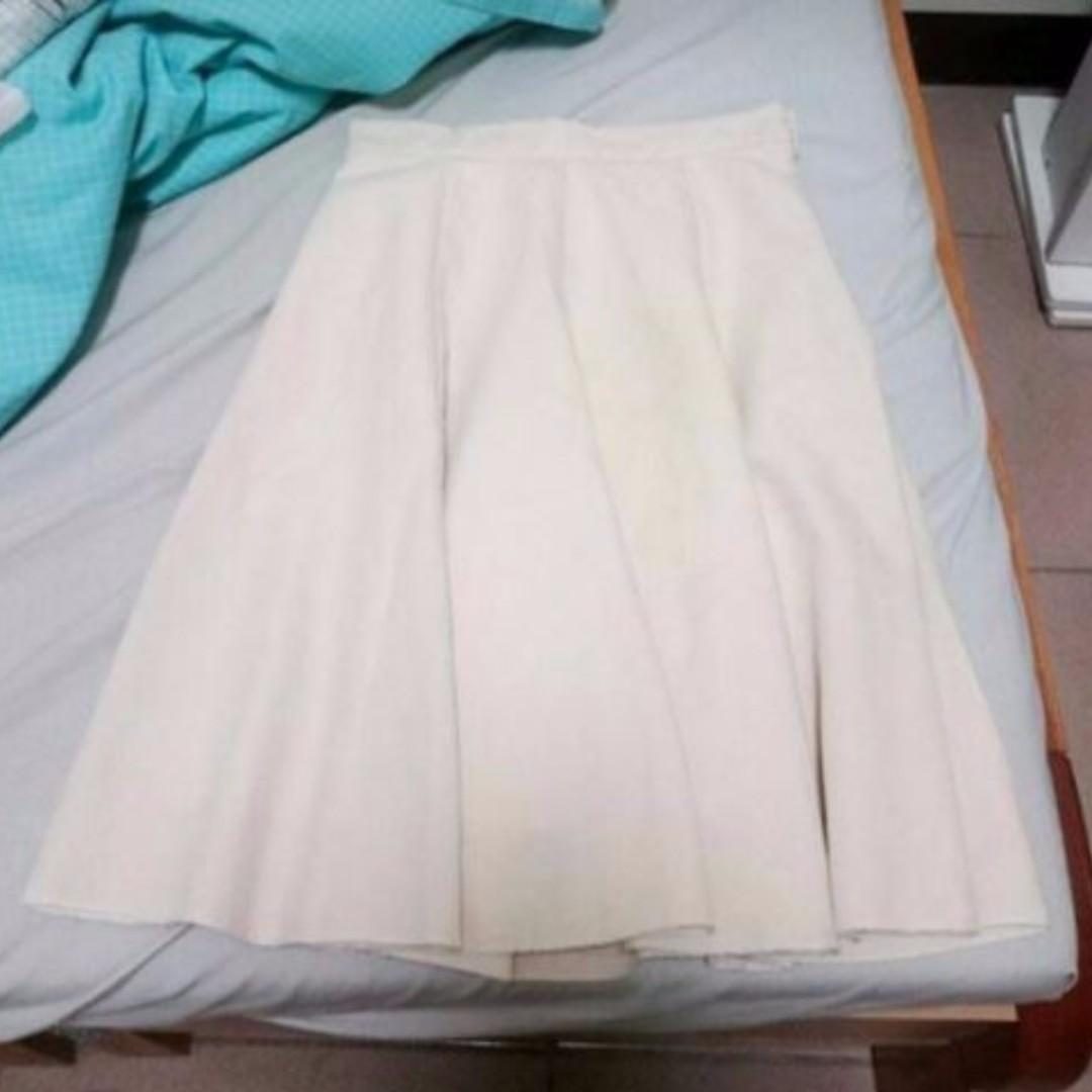 米白色圓裙