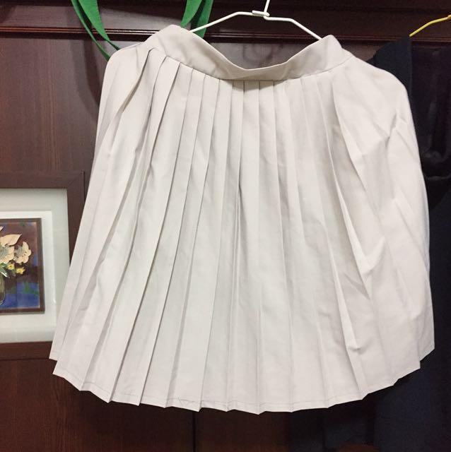 復古 米色百褶裙