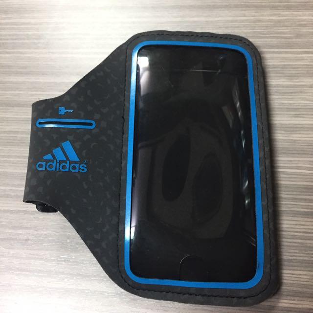 Adidas 運動臂掛套 黑/藍色 iPhone 6/6s