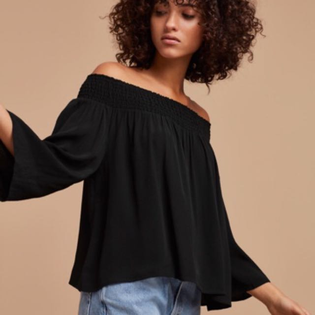 Aritzia Talula Marcilly Blouse
