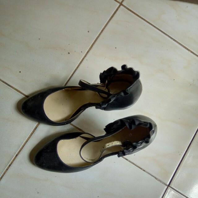 bacate heels