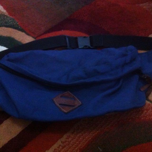 Badger sling bag