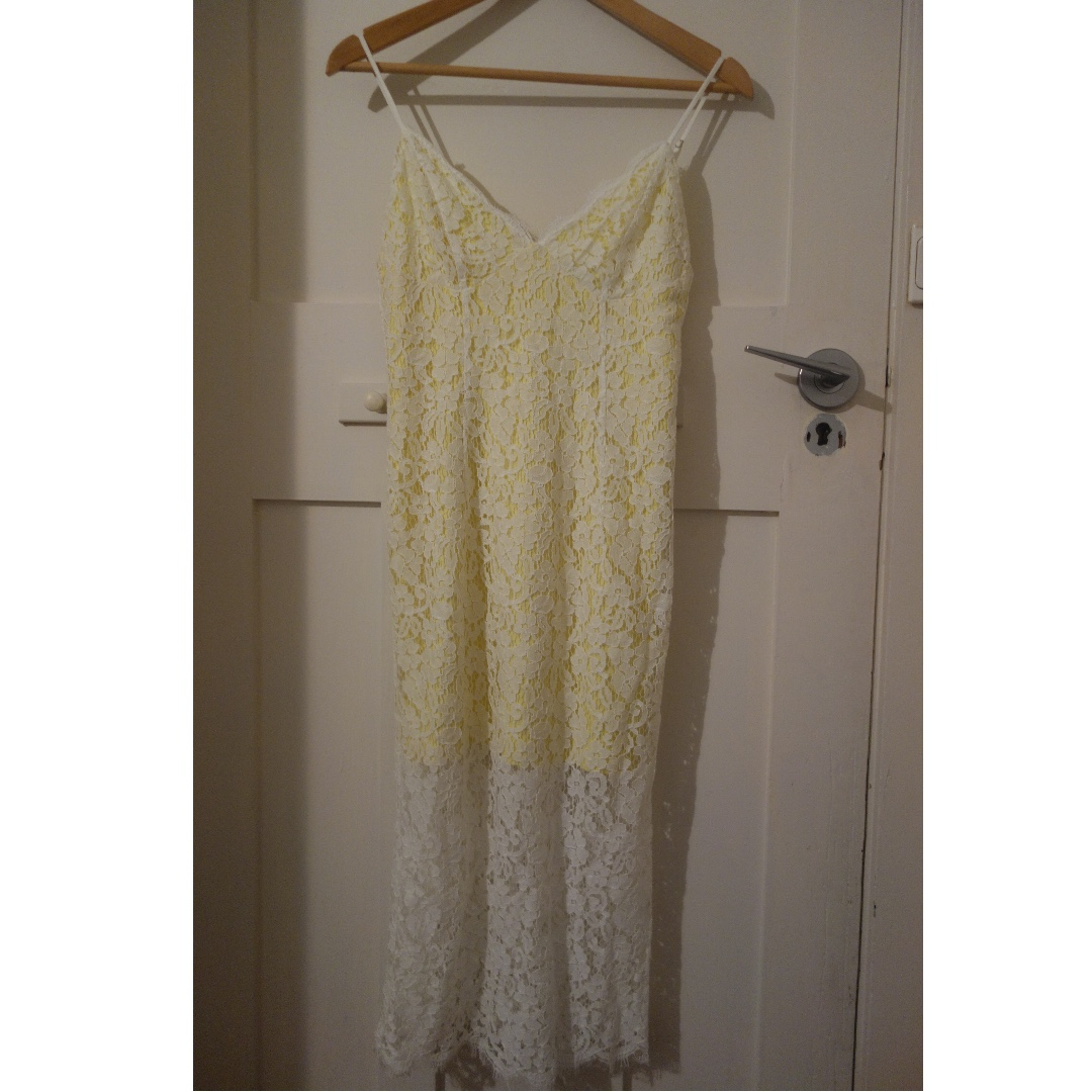 Bardot lace dress - BNWT - size 10 *SALE 9/10 December - $30*