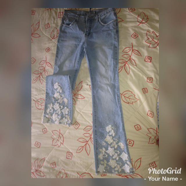 Celana Bordir