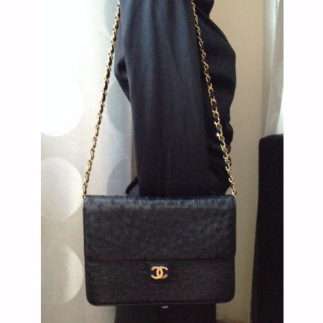 RARE NEW 100% Auth CHANEL Black Ostrich Leather Gold Chain 9.5 FlapClutch Bag