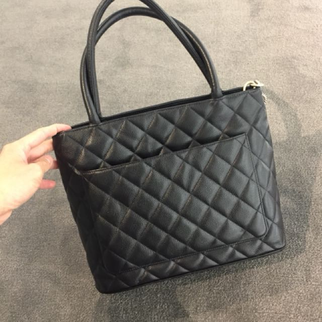 chanel htm vp goes comes tote medallion previously v around what owned
