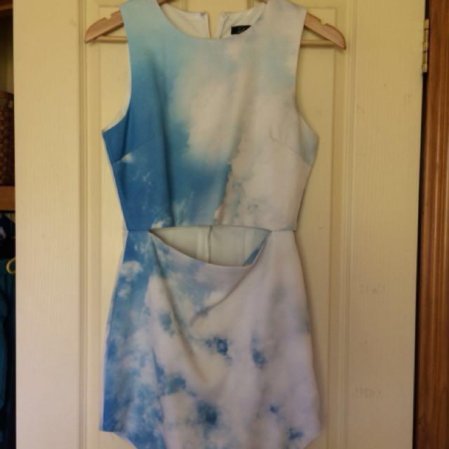 Cut out dress, sky print size 10