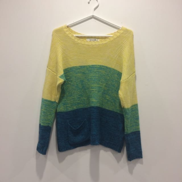 F21 tricolour knitted sweater