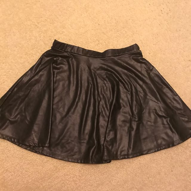 Faux Leather Skater Skirt (S)