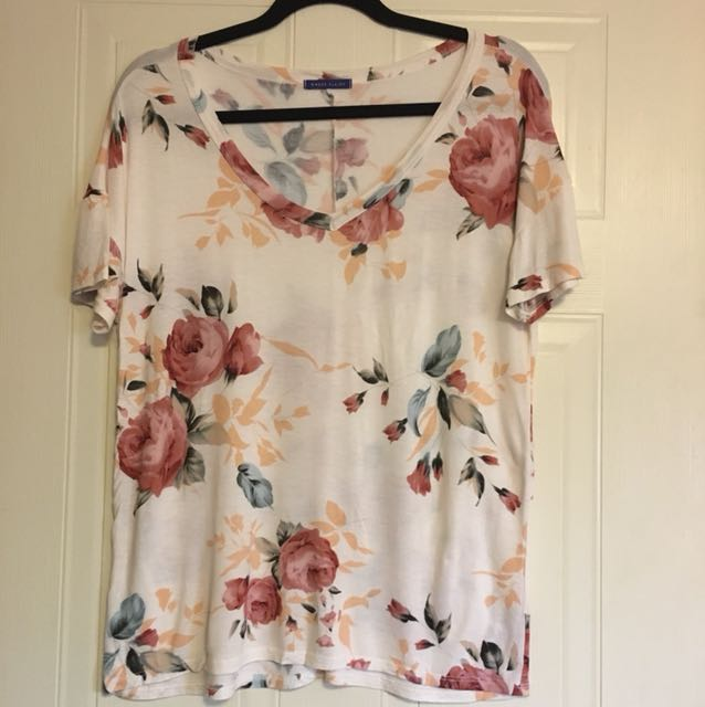 Floral Tee - Size Large