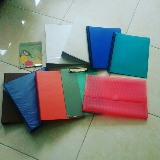 Folders, Clipboard and Writing Paper ($1 For The Lot)