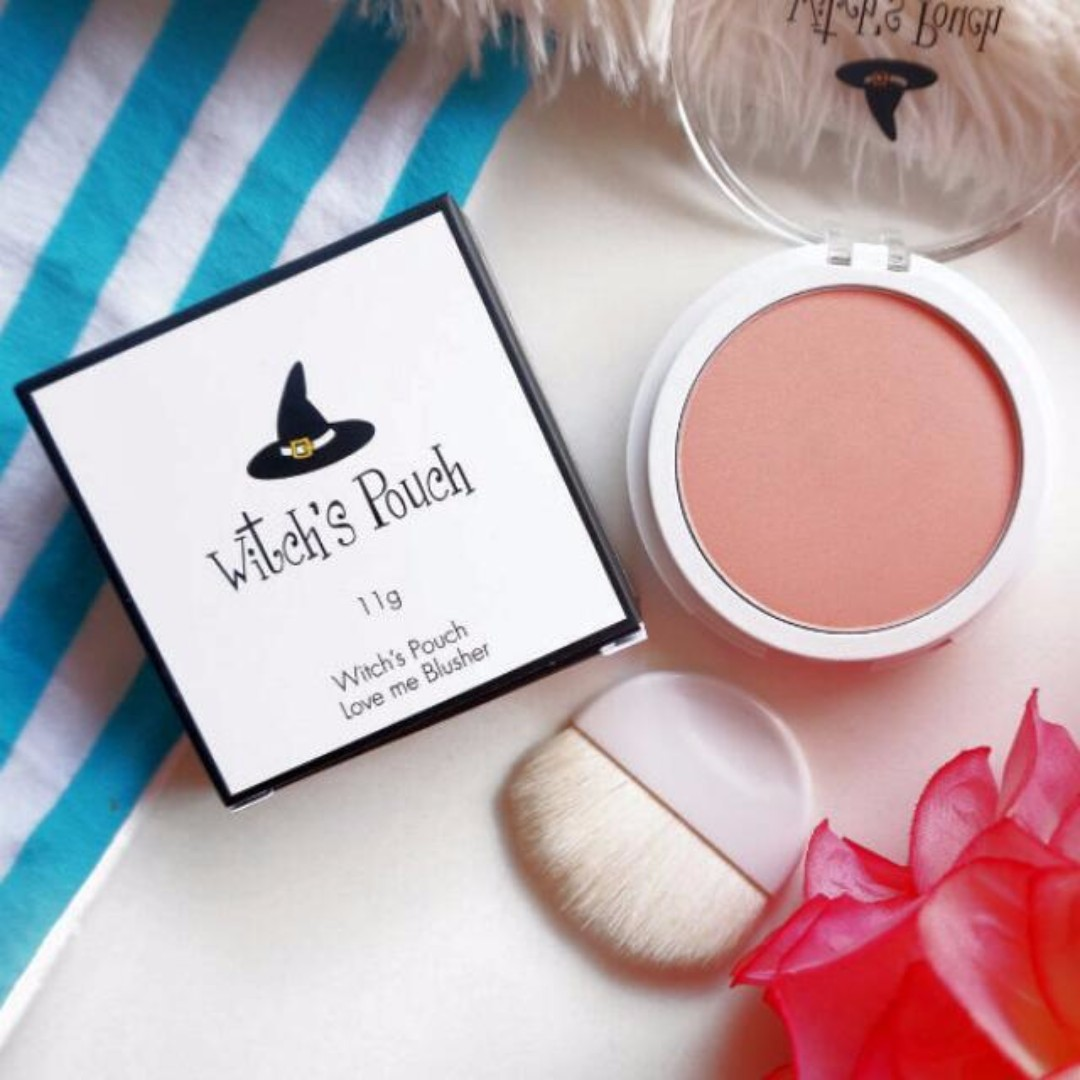 (Free Post) Witch's Pouch Love Me Blusher