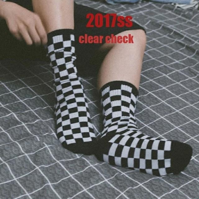【新品上市】街頭潮牌INS原宿港風黑白格子chic男女情侶滑板運動棉長襪